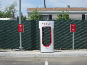 A Tesla charging in the middle of nowhere Montana. Go figure!